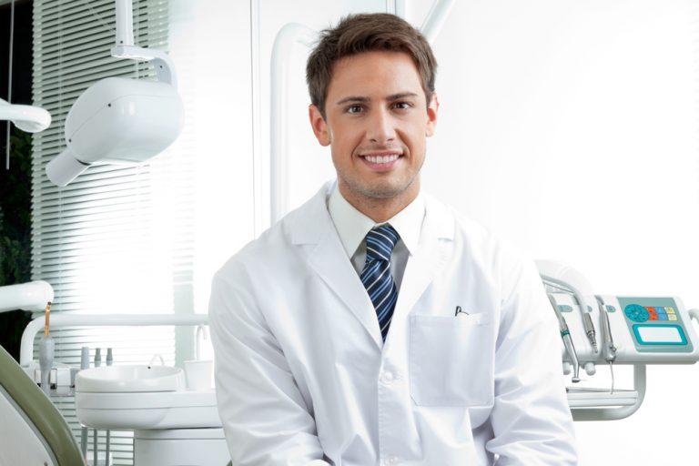 Como abrir uma clínica odontológica de sucesso