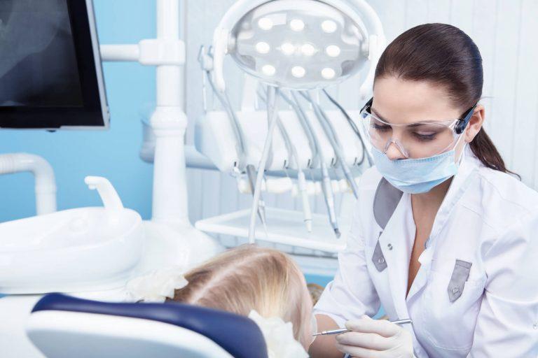 8 dicas para crescer na carreira de dentista