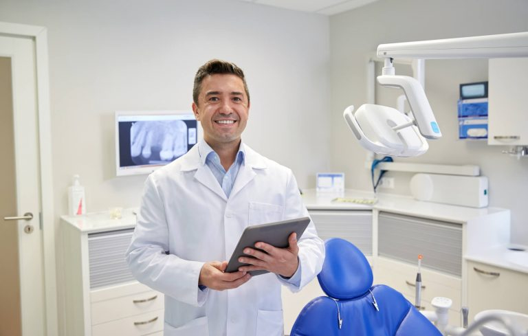 Como descobrir o perfil de cliente ideal para seu consultório odontológico
