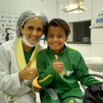 doutora e paciente sorridents ok