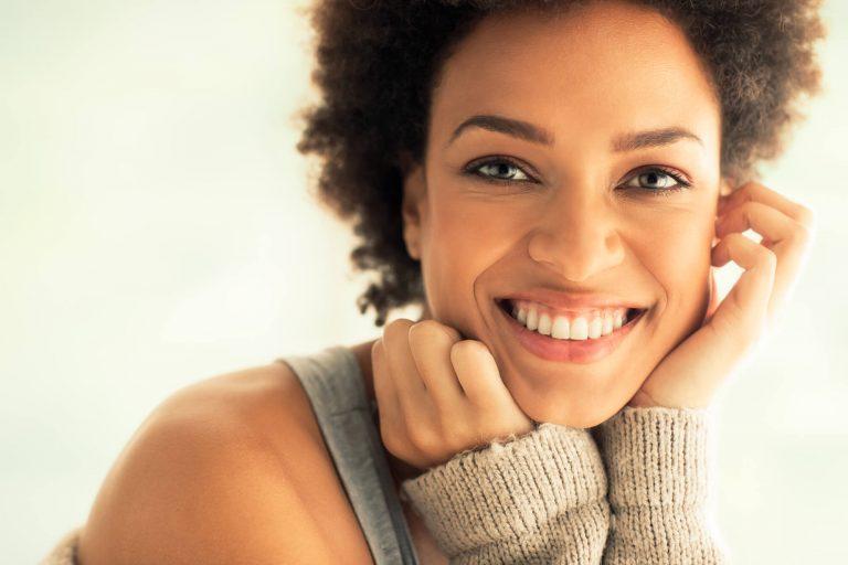 6 mitos e verdades sobre implante dentário que você precisa conhecer